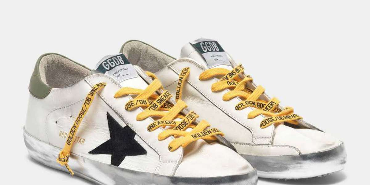 Golden Goose Shoes note